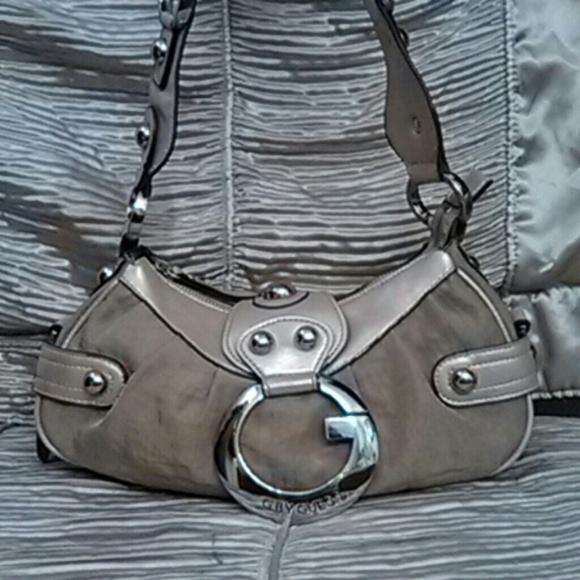 06a76f4af8 Guess Handbags - Vintage Guess Purse handbag